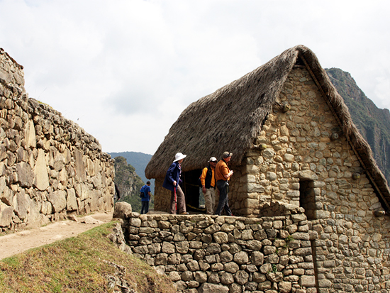 Ways to Machu Picchu - the Guardians House